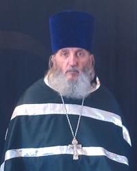 Вручение богослужебных наград. Иер. Лев Аршакян